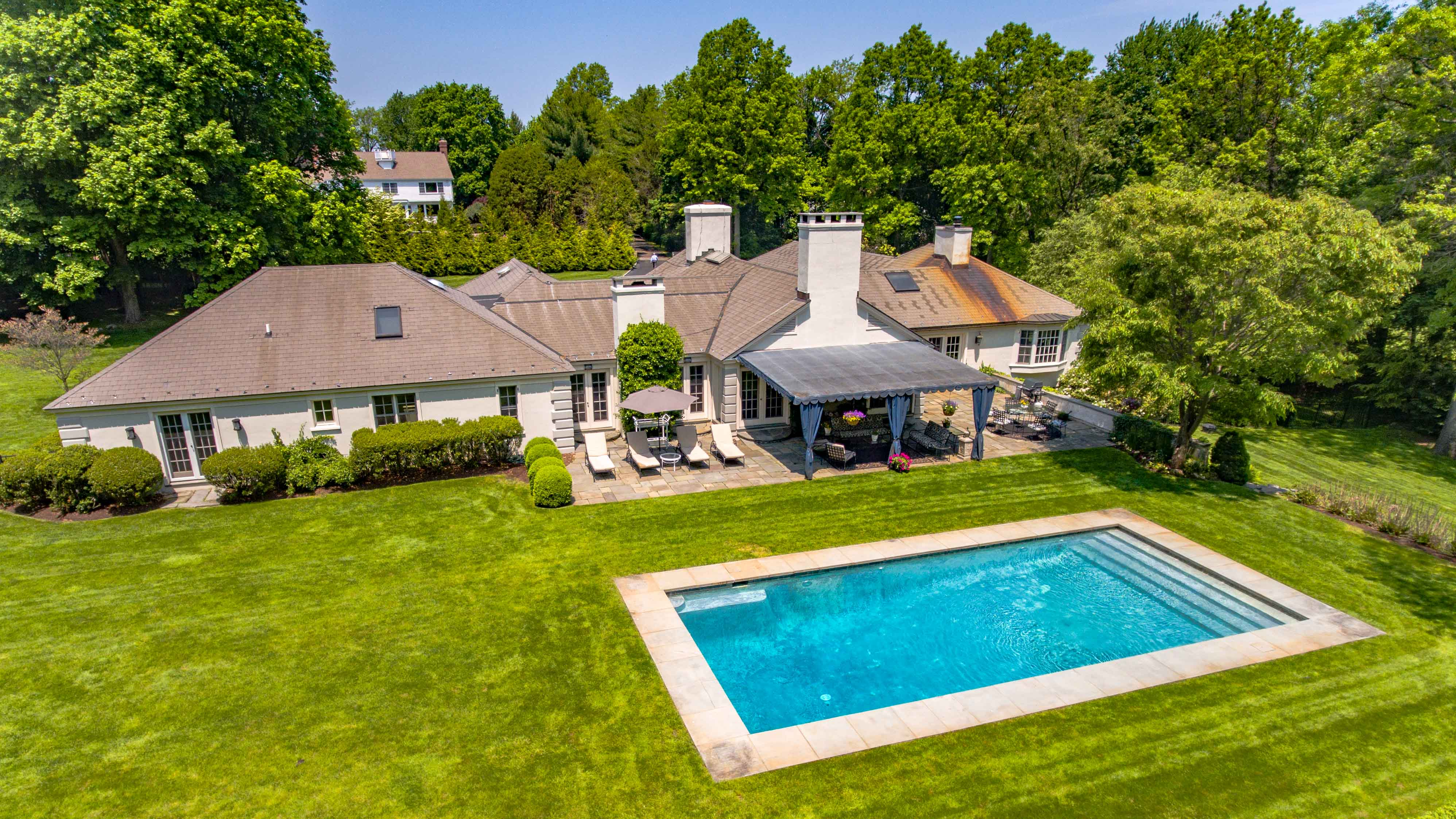 Aerial Drone Video & Photo for Real Estate