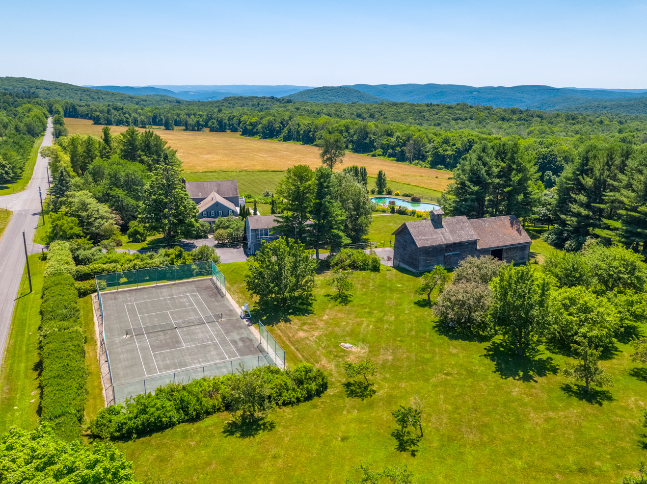 Real Estate drone photography in Connecticut, Massachusetts, New York. Photoflight Aerial Media