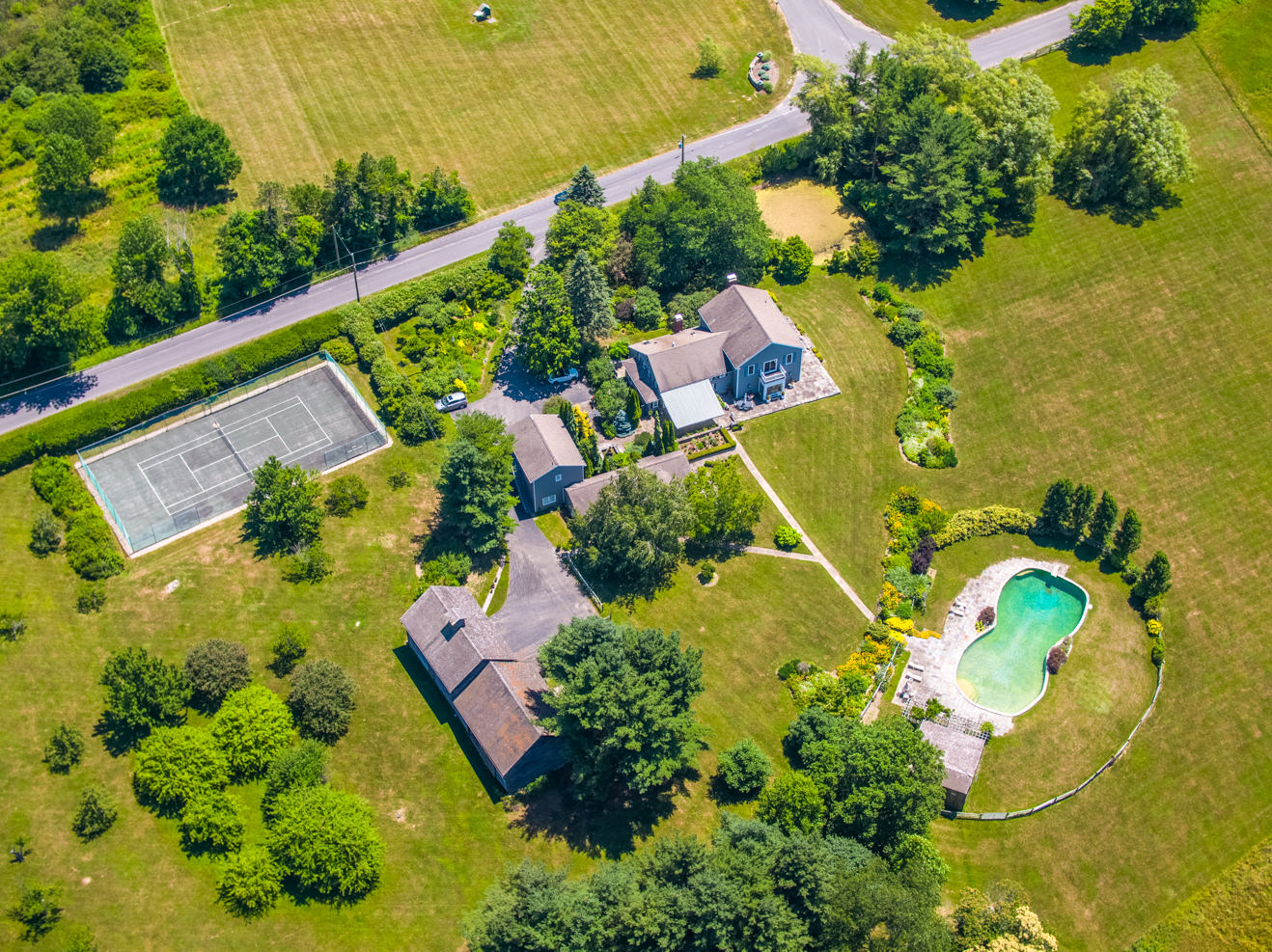 Real Estate video production in Connecticut, Massachusetts, New York. Photoflight Aerial Media