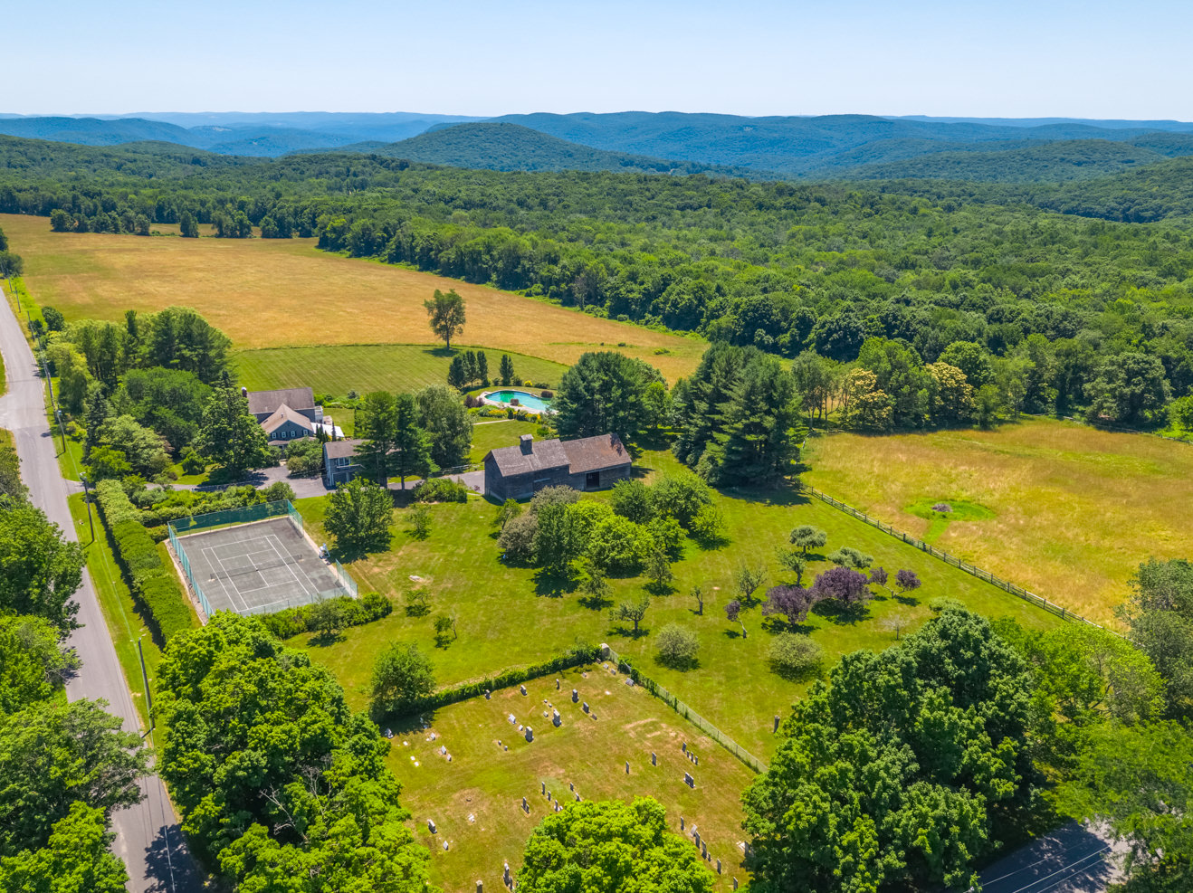 Real Estate drone video production in Connecticut, Massachusetts, New York. Photoflight Aerial Media